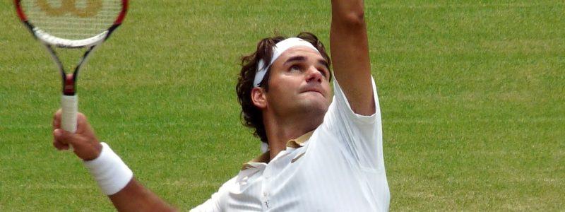 Roger_Federer_(26_June_2009,_Wimbledon)_2_(crop-2)